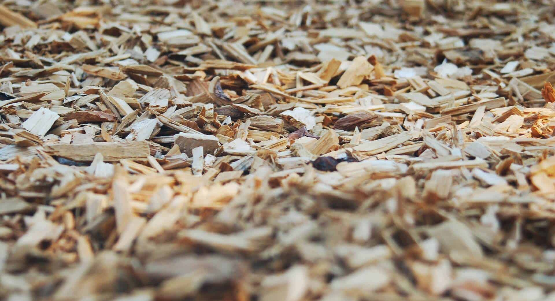 how to lay bark chippings
